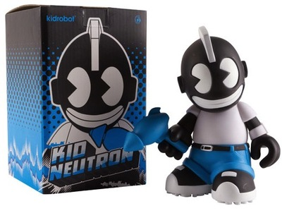 Kidneutron-kidrobot-kidrobot_mascot-kidrobot-trampt-35345m