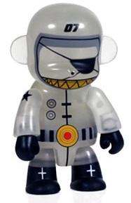 Spacebot_67-dalek_james_marshall-monqee_qee-toy2r-trampt-35790m