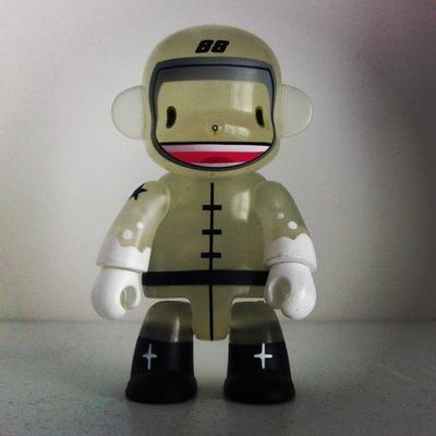 Spacebot_88_-_gid-dalek_james_marshall-monqee_qee-toy2r-trampt-41299m