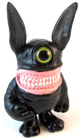 Meatster_bunny_black-motorbot_kevin_olson-bunny-self-produced-trampt-42722m