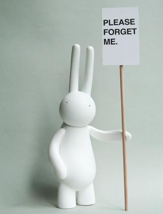 Petit_lapin_-_please_forget_me_white-mr_clement-petit_lapin-lapin_factory-trampt-45244m