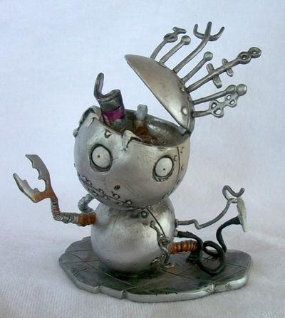 Robot_boy-tim_burton-tim_burton_character-dark_horse-trampt-48809m