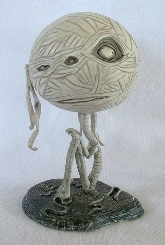 Mummy_boy-tim_burton-tim_burton_character-dark_horse-trampt-48812m