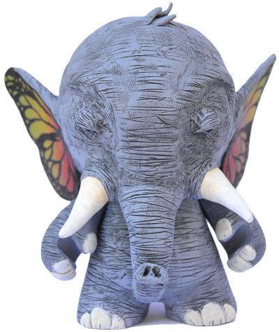 Butterphant-mone86-munny-trampt-51789m