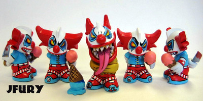 Untitled-jfury-kidrobot_mascot-trampt-53568m