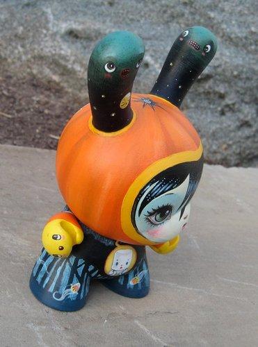 Halloween_dunny-64_colors-dunny-kidrobot-trampt-54365m