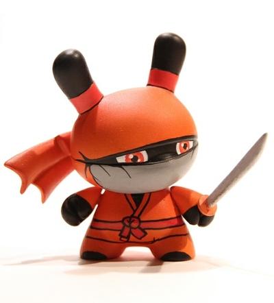 Iga_ninja-zukaty_paulo_mendes-dunny-kidrobot-trampt-55073m