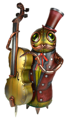 Gilded_lilies_bass_player-doktor_a-mixed_media-trampt-55424m