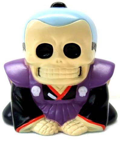 Honesuke_-_purpleblue-realxhead_mori_katsura_skulltoys-honesuke-realxhead-trampt-56385m