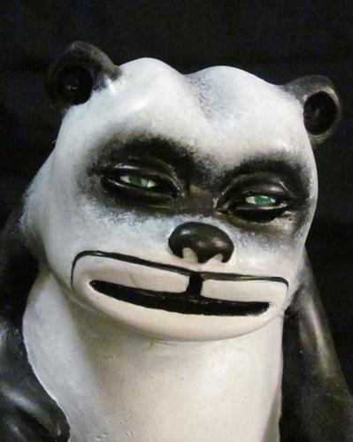 Panda_fuzzie-zombiemonkie_mikie_graham-fuzzie_bare-blamo_toys-trampt-56465m