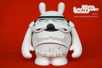 Stormtrooper-stuart_witter-the_dude-trampt-57652m