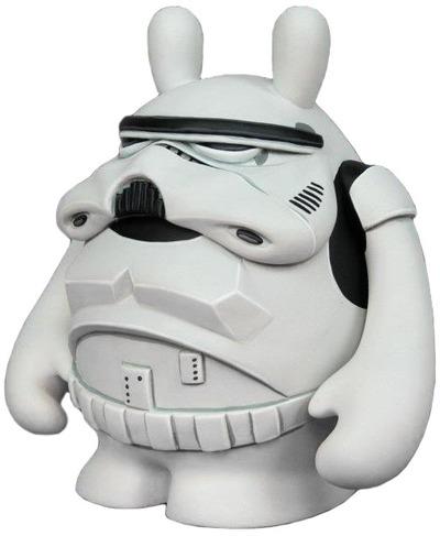 Stormtrooper-stuart_witter-the_dude-trampt-57661m