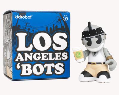 City_bots_-_los_angeles-mad_jeremy_madl-bots-kidrobot-trampt-57844m