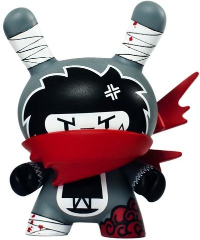 Untitled-nakanari-dunny-kidrobot-trampt-59596m