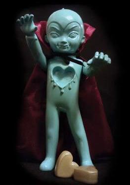 George_the_vampire-julie_b_tara_mcpherson-george-pretty_in_plastic-trampt-60016m
