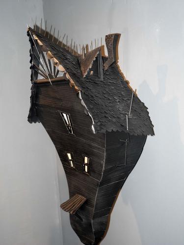 House_-_large-annie_owens-wood-trampt-60212m