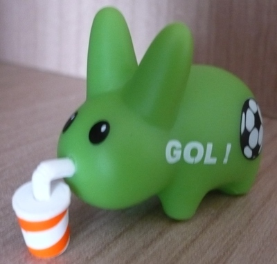 Untitled-frank_kozik-labbit-kidrobot-trampt-60956m