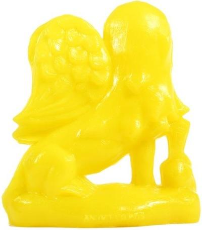 Helper_dragon_-_unpainted_yellow-tim_biskup-helper_dragon-squibbles_ink__rotofugi-trampt-63372m