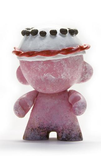 Pink_cake-pocketwookie_peter_morris-mini_munny-trampt-63423m