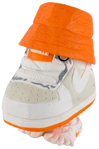 Mr_shoe_-_maharishi_orange-michael_lau-mr_shoe-crazysmiles-trampt-66360m