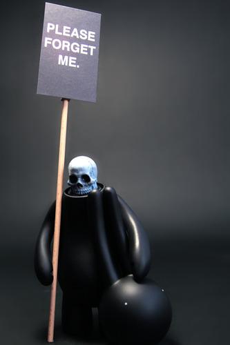 Please_forget_me_-_black-mr_clement-petit_lapin-trampt-70075m