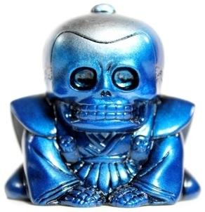 Honesuke_-_silver_and_blue-realxhead_mori_katsura_skulltoys-honesuke-realxhead-trampt-70423m