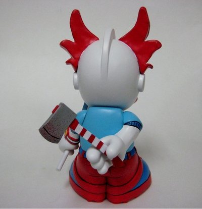 Bad_lollipop-jfury-kidrobot_mascot-trampt-70987m