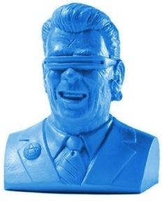The_gipper_-_blue-frank_kozik-goon_squad-kidrobot-trampt-72502m
