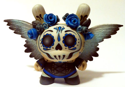 Angel_of_death_3_dotd_dunny-maloapril-dunny_3-kidrobot-trampt-73246m