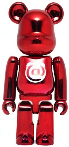Basic_-_metallic_red_-medicom-berbrick-medicom_toy-trampt-73670m