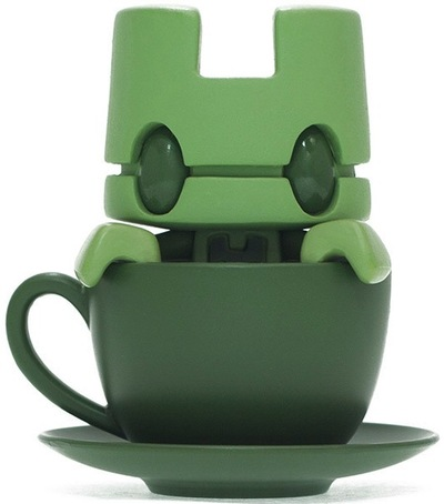 Mini_tea_-_organik-lunartik_matt_jones-lunartik_in_a_cup_of_tea-lunartik_ltd-trampt-73806m