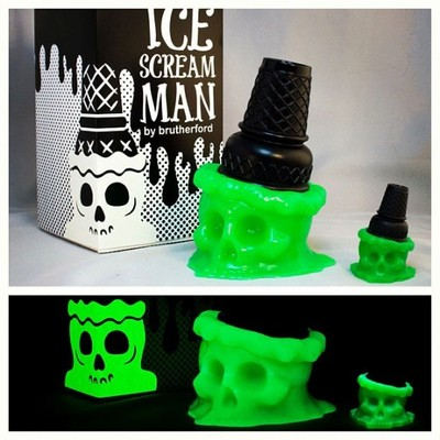 Ice_scream_man_-_toxic_taste_green_glow-brutherford-ice_scream_man-brutherford_industries-trampt-76304m