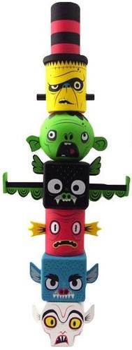 Monster_toytem_-_kidrobot_colorway-gary_ham-monster_toytem-super_ham_designs-trampt-78533m