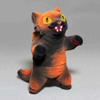 Flocked_halloween_negora-mark_nagata-king_negora-max_toy_company-trampt-78958m