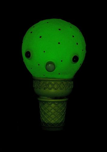Night_gamer_cone-plaseebo_bob_conge-ice_scream_man-trampt-79312m