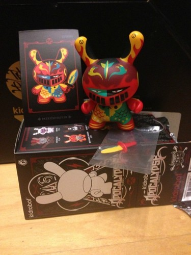 Untitled-patricio_oliver_po-dunny-kidrobot-trampt-79450m