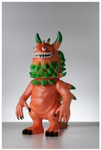 Rangeas_-_lifesize_pinkgreen_colorway-t9g_toy_art_gallery-fiberglass-trampt-82201m