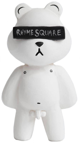 Rhymesquare_bear_white_edition-jon-paul_kaiser-rhymesquare_bear-man-e_toys-trampt-82242m