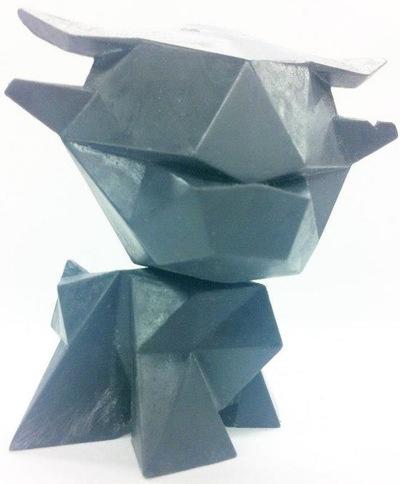 Little_ox_-_black-alto_chris_dobson-little_ox-creo_design-trampt-82659m