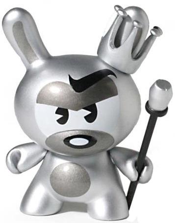 Silver_king-tristan_eaton-dunny-kidrobot-trampt-83463m