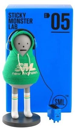 Sml_05_-_kibon__walkmon_green-inae-the_monsters-sticky_monster_lab-trampt-83887m