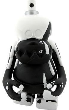 Sliru_kun-bounty_hunter_bxh_slick-skull_kun-bounty_hunter-trampt-85118m
