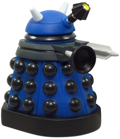 Dalek_strategist-lunartik_matt_jones-titans-titan_merchandise-trampt-86957m