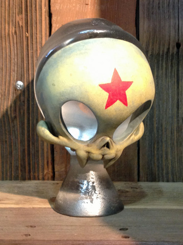 Red_army_skelve_bust-brandt_peters-skelve_bust-trampt-87096m