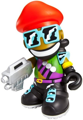 Major_lazer-kidrobot-kidrobot_mascot-kidrobot-trampt-88815m