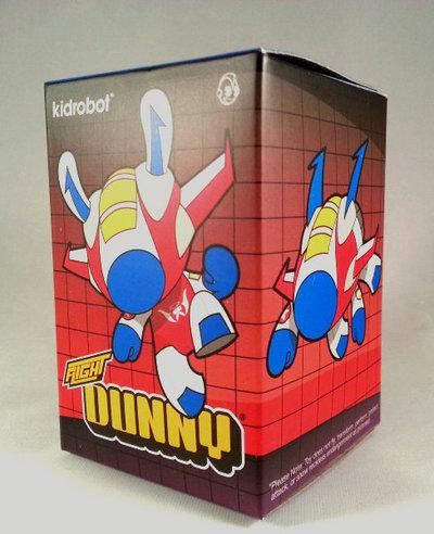 Flight_dunny_-_blue_variant-kano-dunny-kidrobot-trampt-88843m