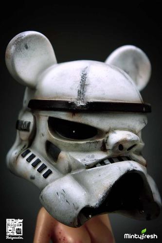 Battle-damaged_keiko_trooper-alan_ng-keiko-fools_paradise-trampt-89082m