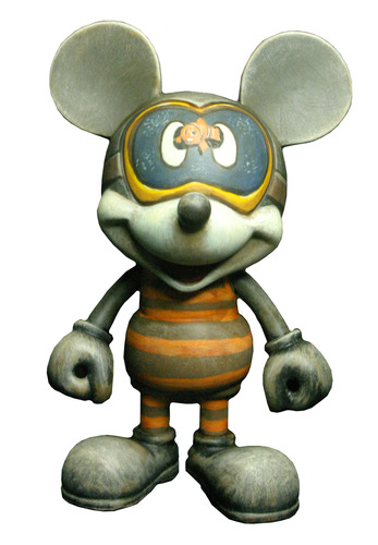 Sand_in_my_snorkel_mikey-valleydweller-mickey_mouse_play_imaginative-play_imaginative-trampt-89453m