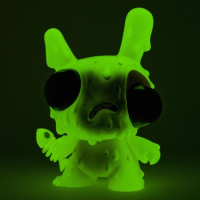 Meltdown_-_green-chris_ryniak-dunny-kidrobot-trampt-89575m