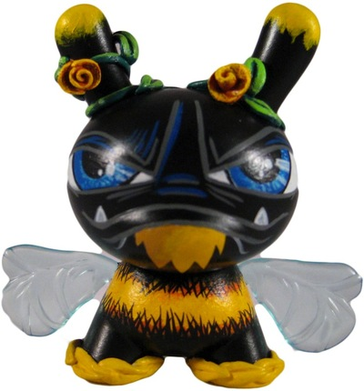 Bee-jfury_maloapril-dunny-trampt-90156m